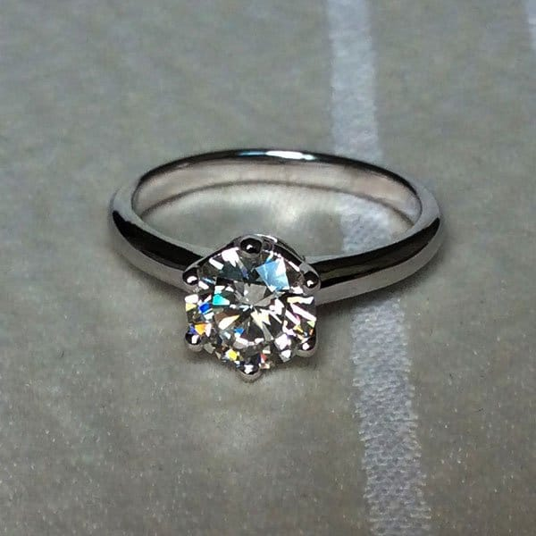 1 carat IVS1 GIA certified SixProng Solitaire Engagement Ring