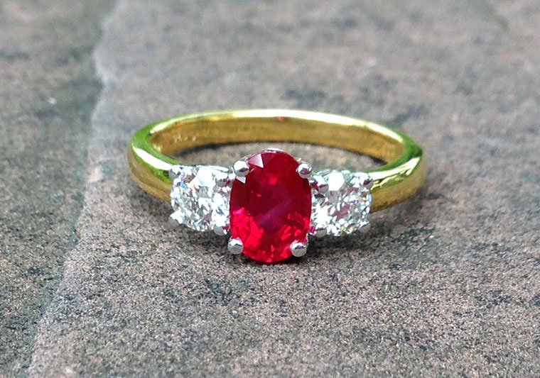 1 25 Carats Heated Vivid Red Burmese Ruby With 0 50 Carats